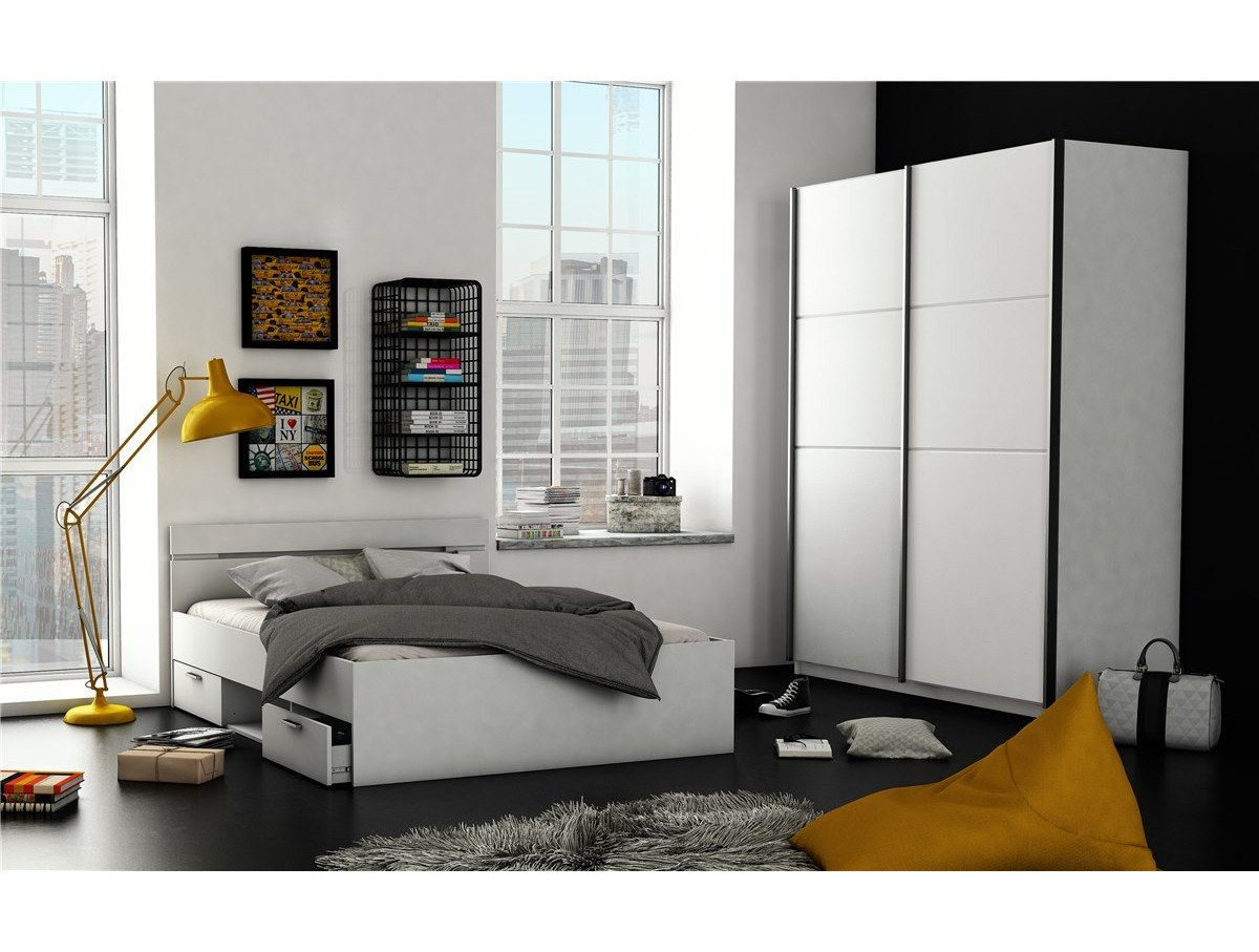 Chambre moderne adulte blanche avec des for Chambre adulte blanche